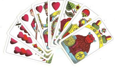Věštění z mariášových karet