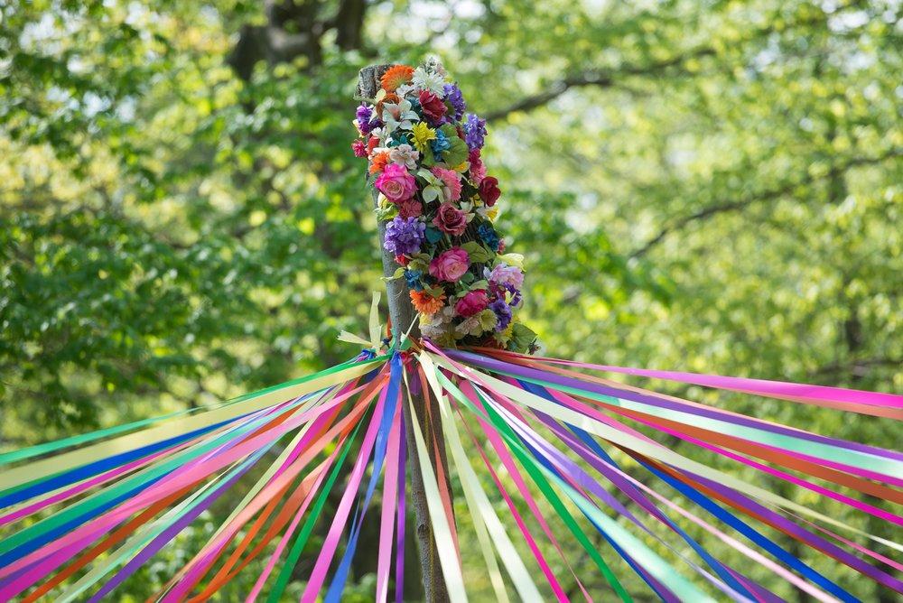 Májka nebo máj je ozdobený sloup, hlavní symbol pohanského svátku